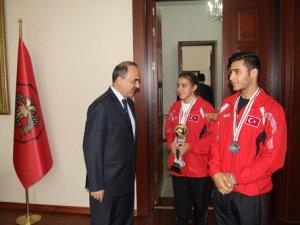 Şampiyonlar Beyşehir Protokolünü ziyaret etti
