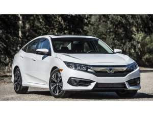 Honda Civic Zamana Direniyor