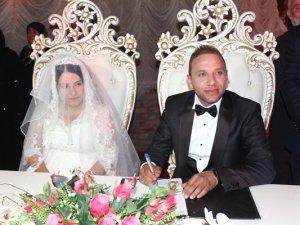 Hepokur ailesinde düğün mutluluğu