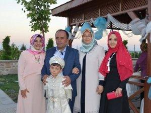 Körpe ailesinin sünnet mutluluğu