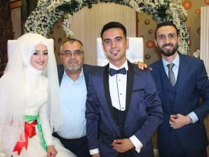 Türkoğlu ailesi düğün sevinci yaşadı
