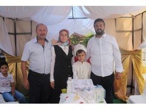İşadamı Hamza Aras oğlunu sünnet ettirdi