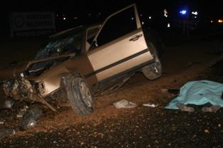 Otomobil şarampole düştü: 2 ölü