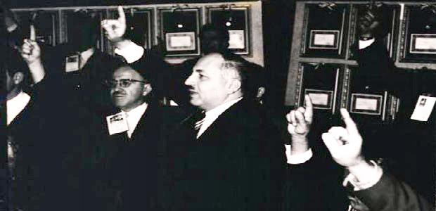 8a.necmettin_erbakan_ve_milli_nizam_partisi....jpg