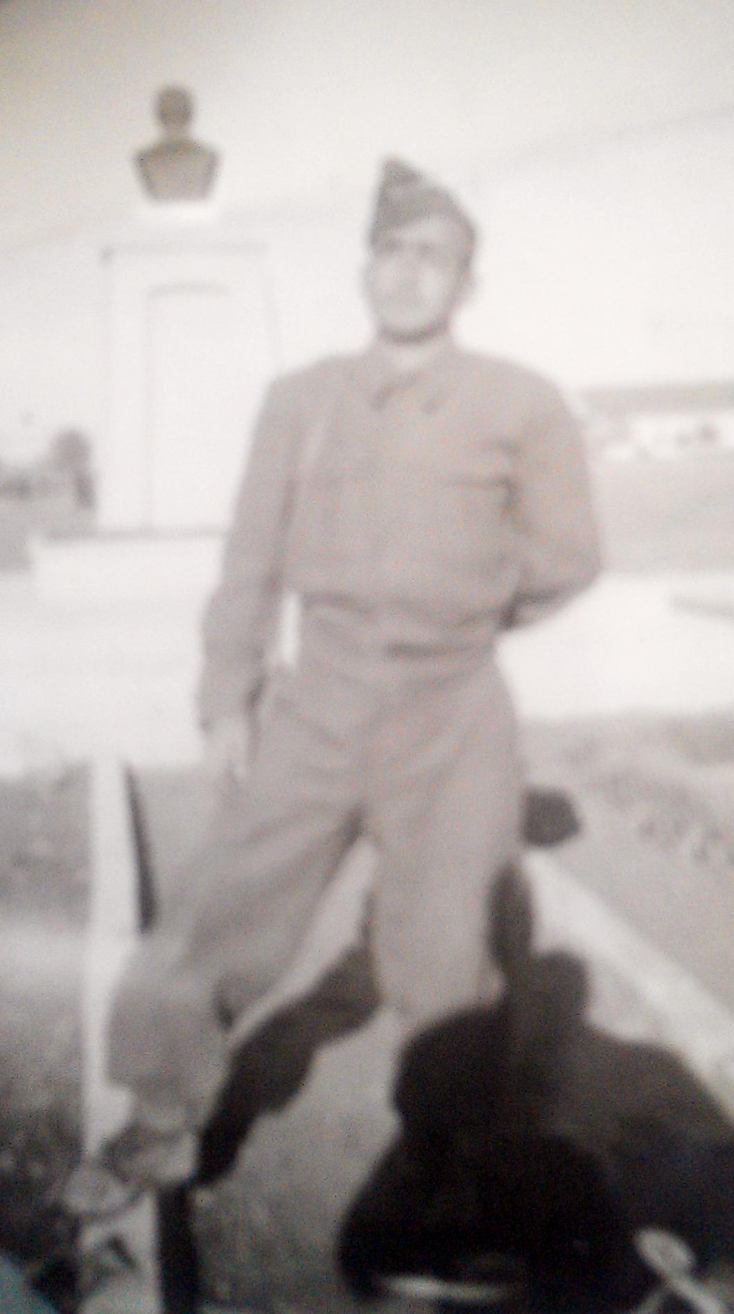 asker-ahmet-güldağ-hava-okulunda-001.jpg
