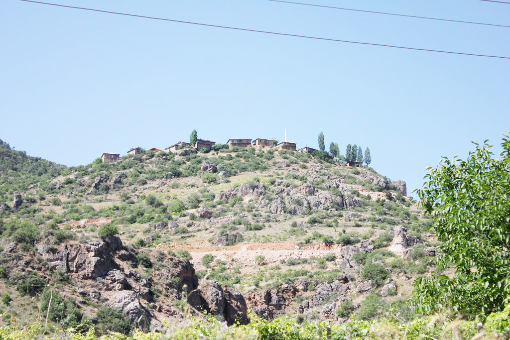 hadim-içesi-çakallar-köyü-(-çiftepinar).jpg
