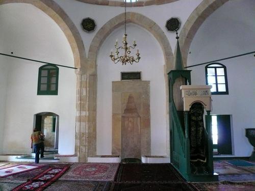 hala-sultan-(2).jpg