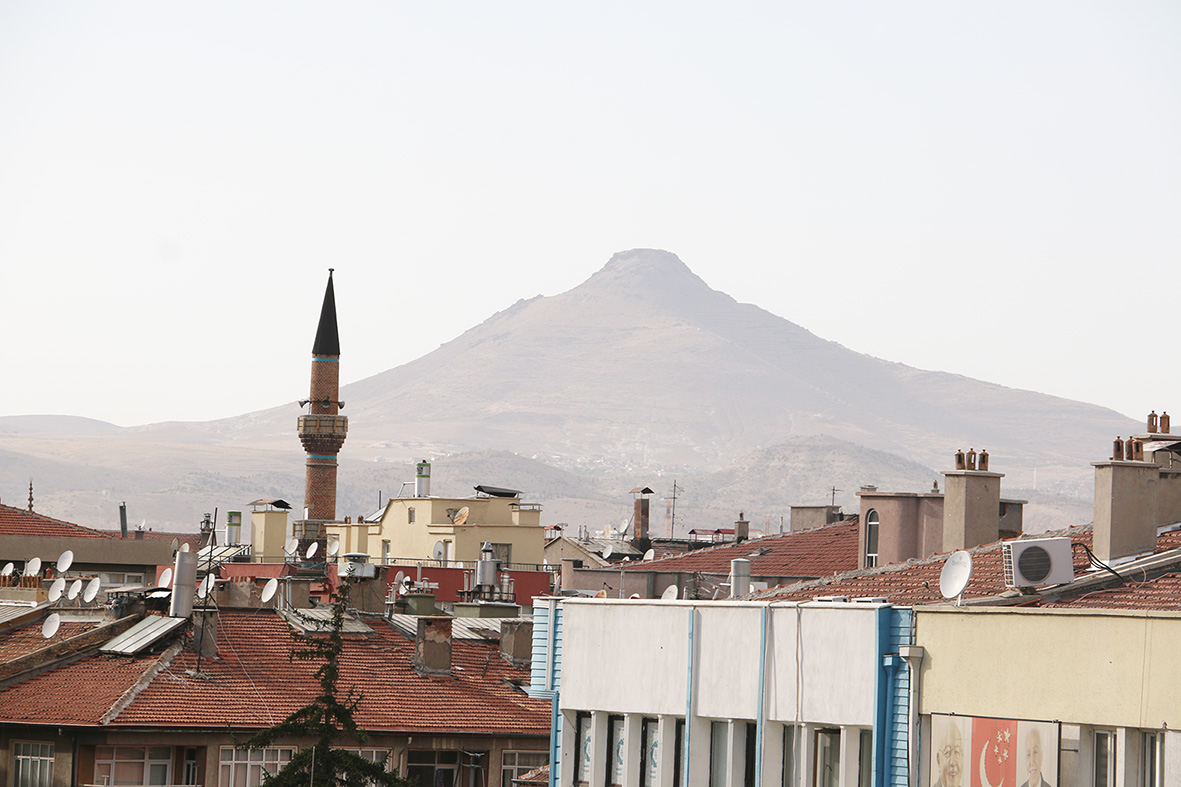 minare-ve-takkeli-dağ.jpg