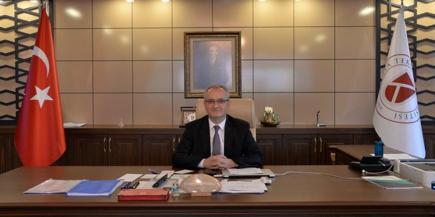 rektor-prof.-dr.-babur-ozcelik_880x440.jpg